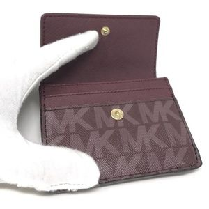 066714833 Michael Kors Accessories - Michael Kors Jet Set Travel Credit Card Case ID